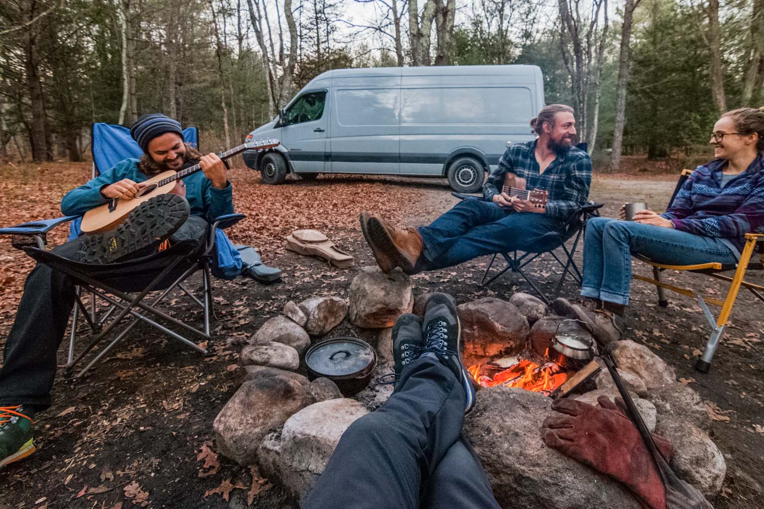 Tips and recipes for hosting Thanksgiving while camping!