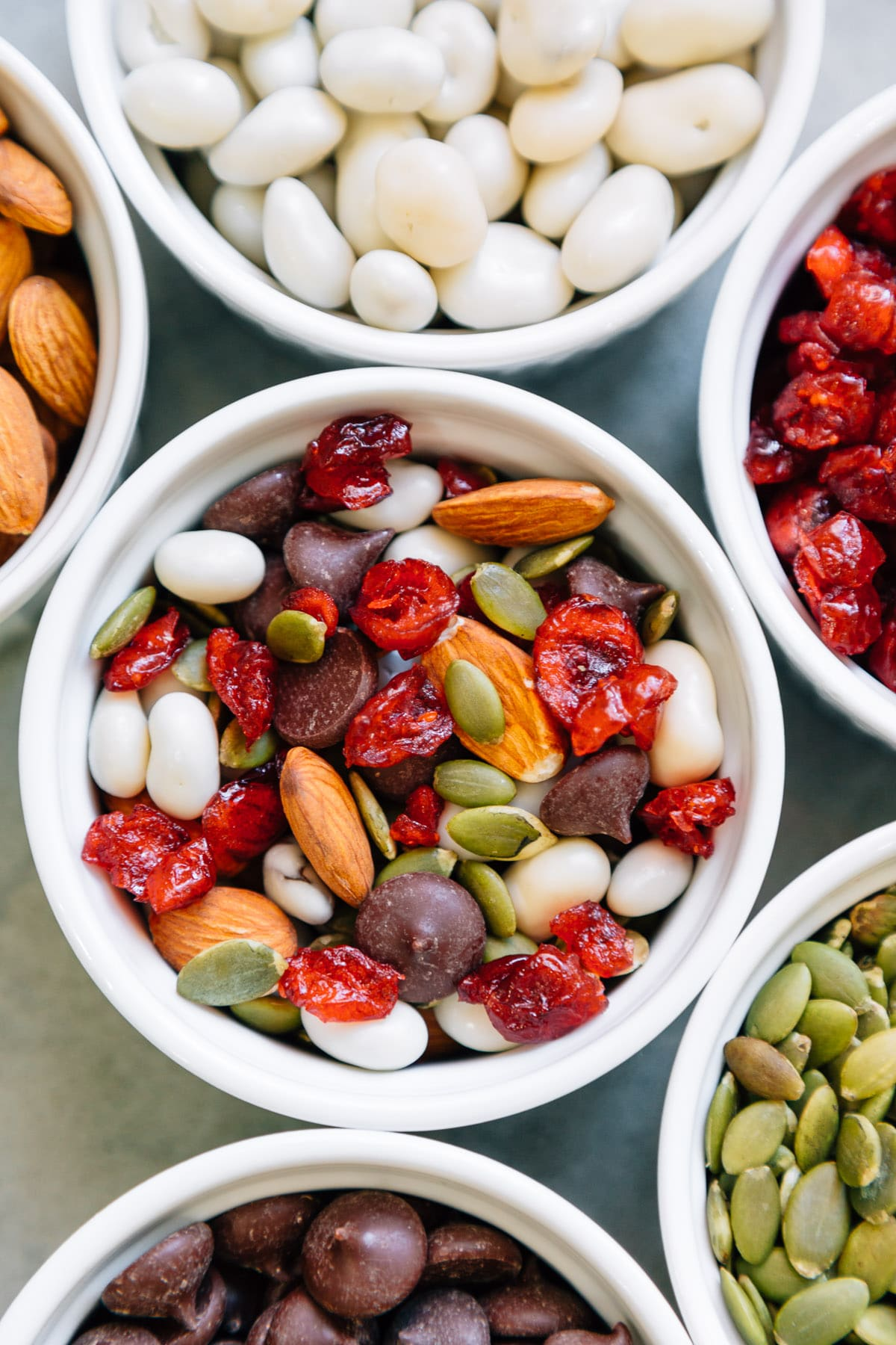 5 minutes and 5 ingredients are all you need to make this Festive Trail Mix!