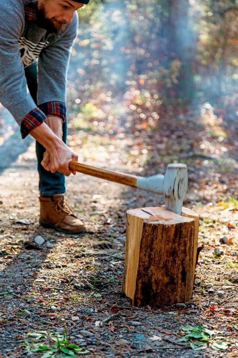 Make a stove out of a single log! Learn to make a Swedish Torch without a chainsaw. Perfect for camping or backyard bonfires!